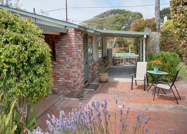 3458 Tranquility Cottage ~ Close to Aquarium & Seaside Walking & Biking Trail - Image 1 - Pacific Grove - rentals