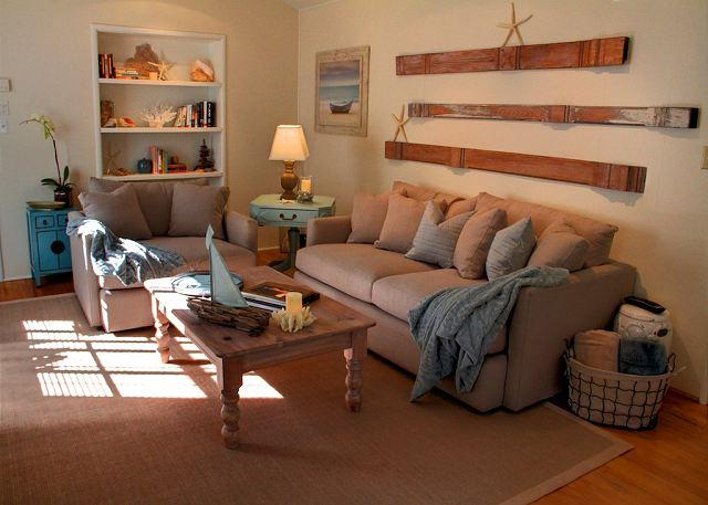 3511 La Casa Fina ~ Beautiful Designer Decor, Plush Beds & Luxury Linens - Image 1 - Carmel-by-the-Sea - rentals