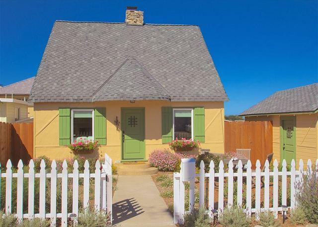 3612 Storybook Cottage ~ New Granite & Stainless Kitchen, Historic, Fireplace - Image 1 - Pacific Grove - rentals