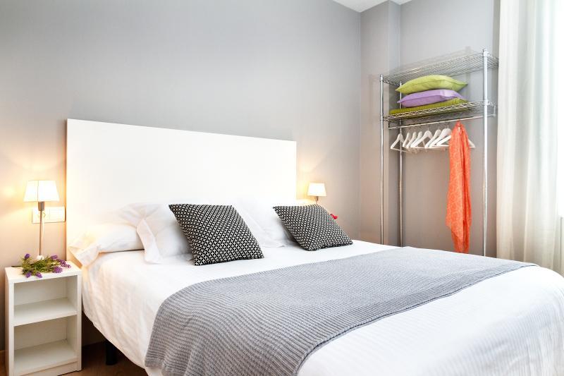 Pelai C Apartment - Image 1 - Barcelona - rentals