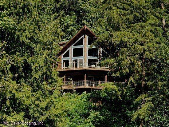 The front of Cabin 7 - Silver Lake #7 - Unsurpassed lakefront views from this spectacular pet-friendly cabin! - Maple Falls - rentals