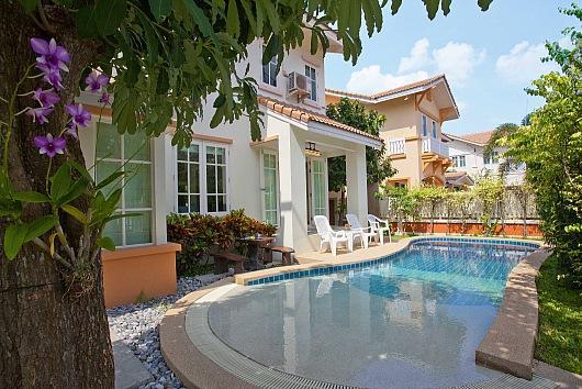 Villa Bliss Jomtien - Image 1 - Bang Lamung - rentals