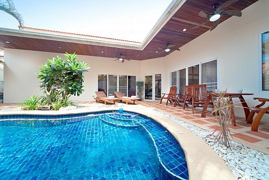 Baan Tawan 3 - 2 Bed - 700 Meters to Cosy Beach - Image 1 - Bang Lamung - rentals