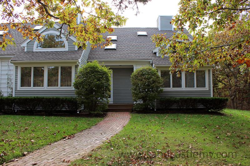 632 - LOVELY, LIGHT FILLED, CONTEMPORARY CONDOMINIUM WITH POOL - Image 1 - Edgartown - rentals