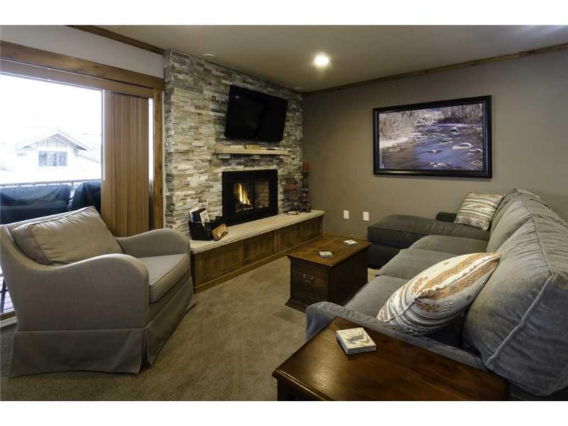 Storm Meadows 300-400 at Christie Base - SM426 - Image 1 - Steamboat Springs - rentals