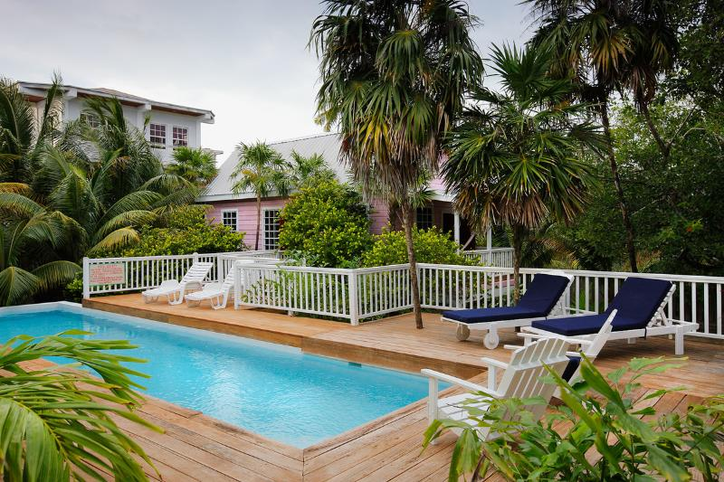 Weezie's Pink Cottage 2 bedroom 1 bath with a pool - Image 1 - Caye Caulker - rentals