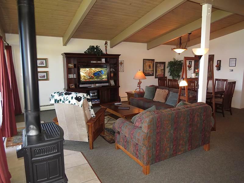 Lake Dillon Condos 303 - Image 1 - Dillon - rentals