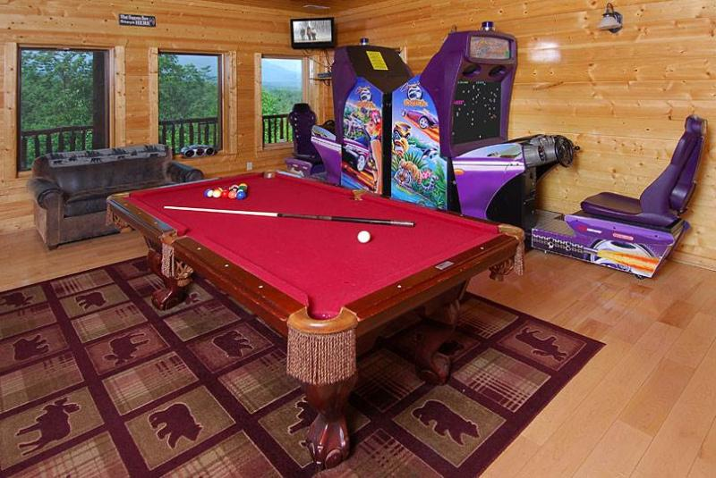 Great Smoky Lodge - Image 1 - Gatlinburg - rentals