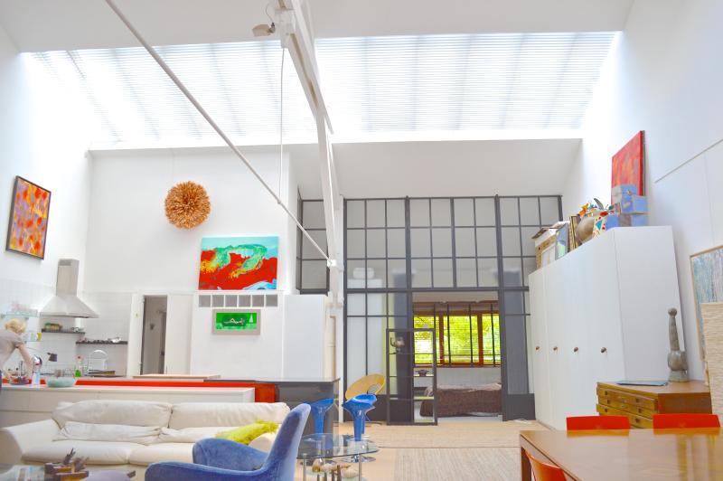 Living room - Massive Artist Loft, light,terrace, Paris 3B 2b - Paris - rentals