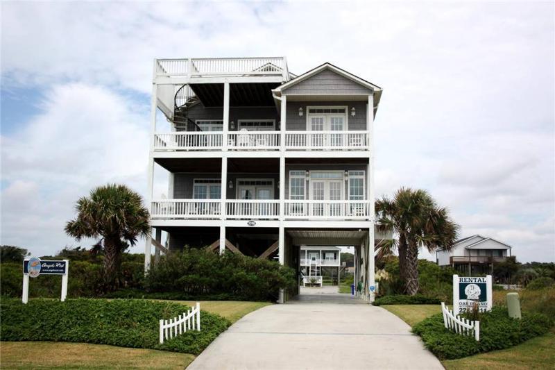 Angel's Rest 1318 West Beach Drive - Image 1 - Oak Island - rentals