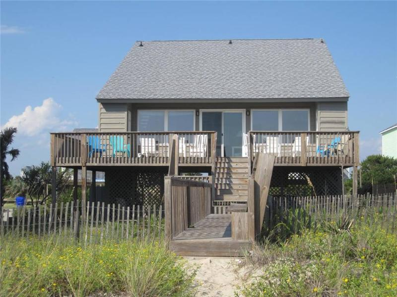 Balmy Days 6717 West Beach Drive - Image 1 - Oak Island - rentals