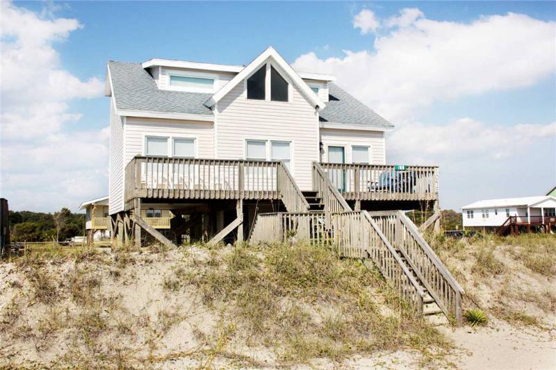 Break Away 109 East Beach Drive - Image 1 - Oak Island - rentals