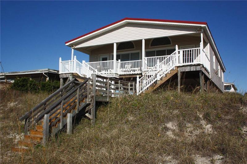 Casa Martita 3327 West Beach Drive - Image 1 - Oak Island - rentals
