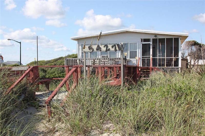 Driftwood 5427 West Beach Drive - Image 1 - Oak Island - rentals