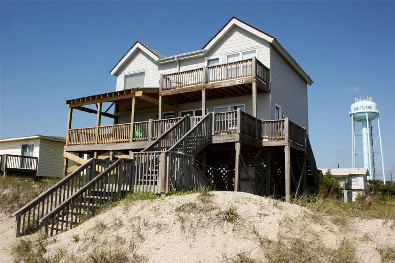 Gullwing 103 East Beach Drive - Image 1 - Oak Island - rentals