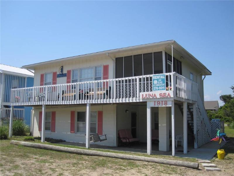 Luna Sea Dn 1918 East Beach Drive - Image 1 - Oak Island - rentals