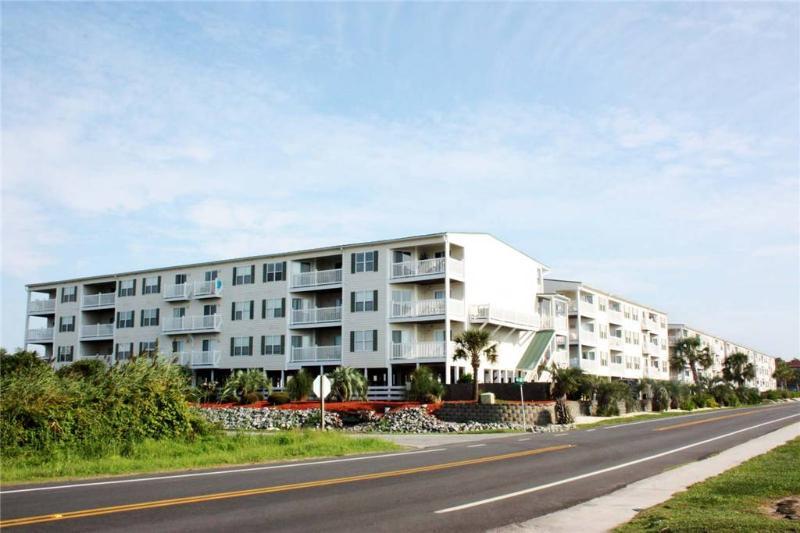 My Favorite Place OW #1202 105 SE 58th Street - Image 1 - Oak Island - rentals