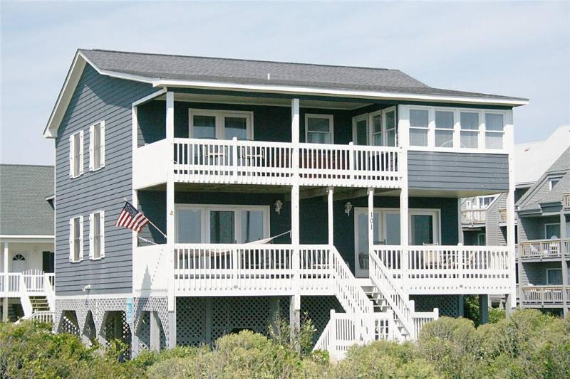 Sweet Retreat  101 Martin Lane - Image 1 - Oak Island - rentals