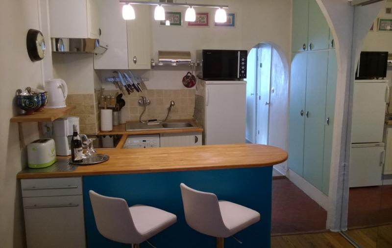 Lovely Vacation Pied-a-Terre in Paris - Image 1 - Paris - rentals