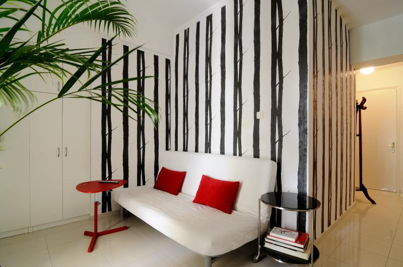 Design apartment balcony + garden Kallimarmaro!! - Image 1 - Athens - rentals