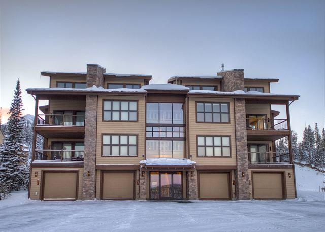 3BD Ski-In/Out Luxury Suite: Walking Distance to Shops, Restaurants & More! - Image 1 - Big Sky - rentals