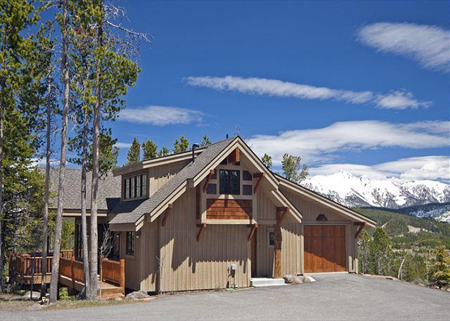 3+BD Mountain Home: Pool Access, Free Night Promo, Hot Tub, Ski Access & More - Image 1 - Big Sky - rentals