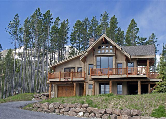 3+BD Mountain Home: Private Hot Tub, Ski-In/Out, Perfect Yellowstone Getaway! - Image 1 - Big Sky - rentals