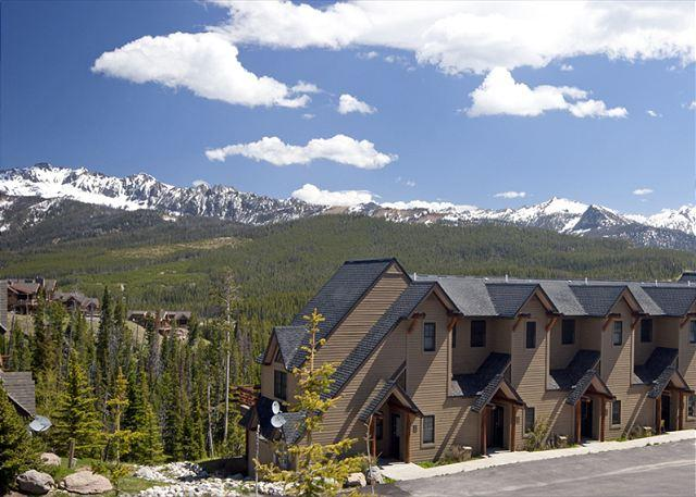 Great Value 3BD Townhome: Year-Round Activities, Outdoor Hot Tub, & More - Image 1 - Big Sky - rentals