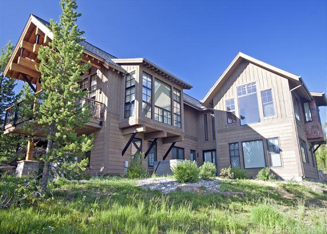 Newly Remodeled 5BD: Hot Tub, Game Room, Ski Access, Close to Yellowstone - Image 1 - Big Sky - rentals