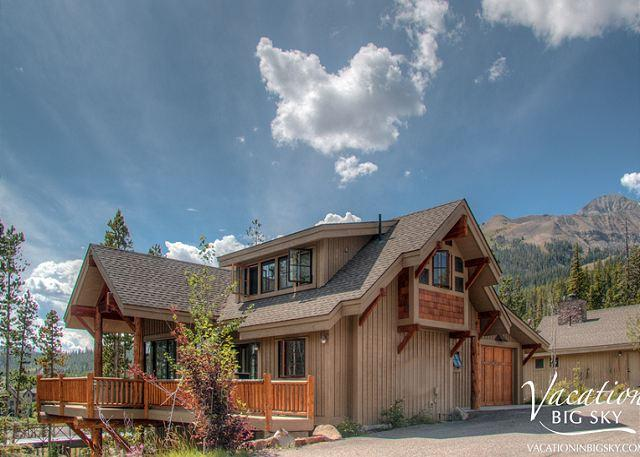Moonlight Pool Access, Ski-In/Out, Close to Yellowstone & Year-Round Fun! - Image 1 - Big Sky - rentals