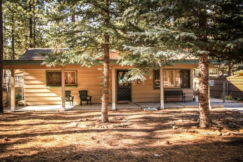 Oriole Cottage #621 - Image 1 - Big Bear Lake - rentals