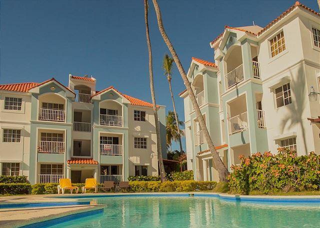 Arenas de Bavaro PH - G302 - Walk to the Beach! - Image 1 - Punta Cana - rentals