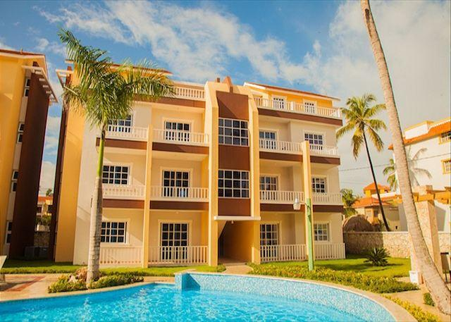 Estrella Del Mar PH - H6 - Walk to the Beach! - Image 1 - Punta Cana - rentals