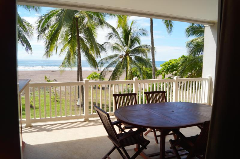 Oceanfront condo with balcony overlooking the waves! - Oceanfront Condominium at The Palms - Jaco - rentals