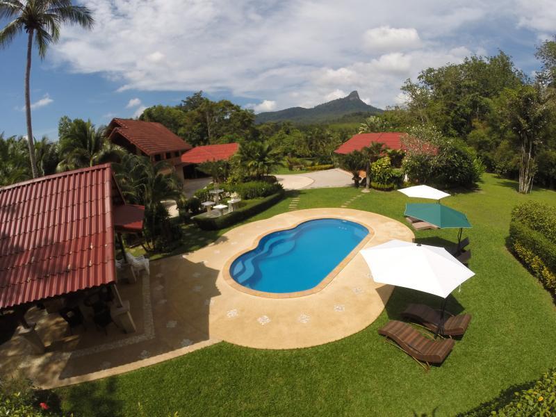 "Exclusive and private. - Cliffside Lagoon ""Zipline"" Villa, Ao Nang - Ao Nang - rentals"