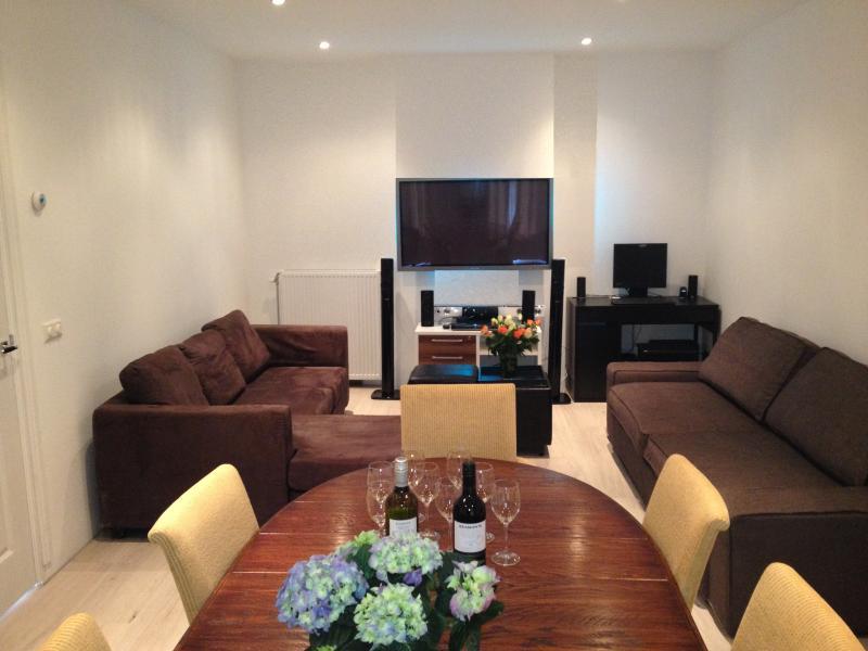 Hugo Plaza - living room - Hugo Plaza - family apartment - Amsterdam - rentals
