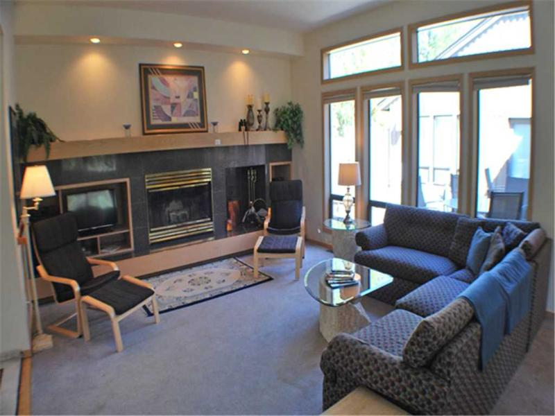 #1 Redwood Lane - Image 1 - Sunriver - rentals