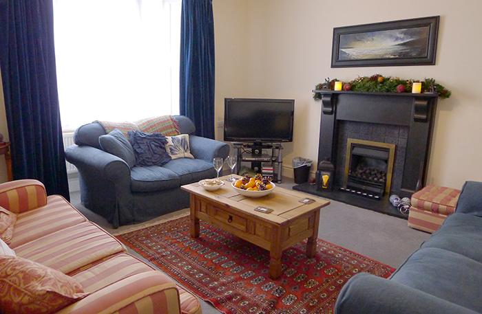 Five Star Holiday Cottage - New Cross House, St Davids - Image 1 - Saint Davids - rentals
