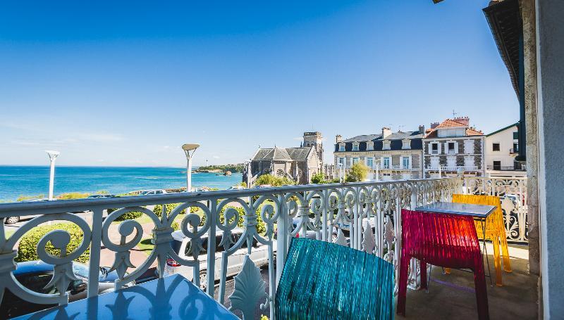 Contemporary Luxury Apartment w/ Ocean views - Image 1 - Biarritz - rentals