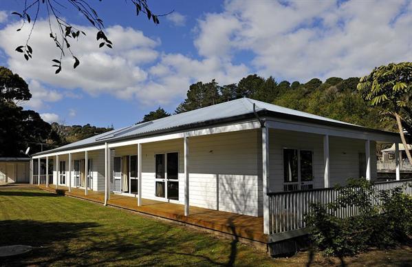 The House of Plenty - Waiheke Holiday Home - The House of Plenty - Onetangi - rentals
