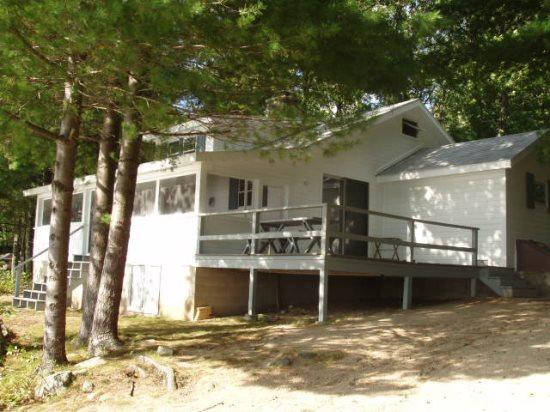 Ossipee Lake home with swim dock, sunsets and great location! - Image 1 - Ossipee - rentals