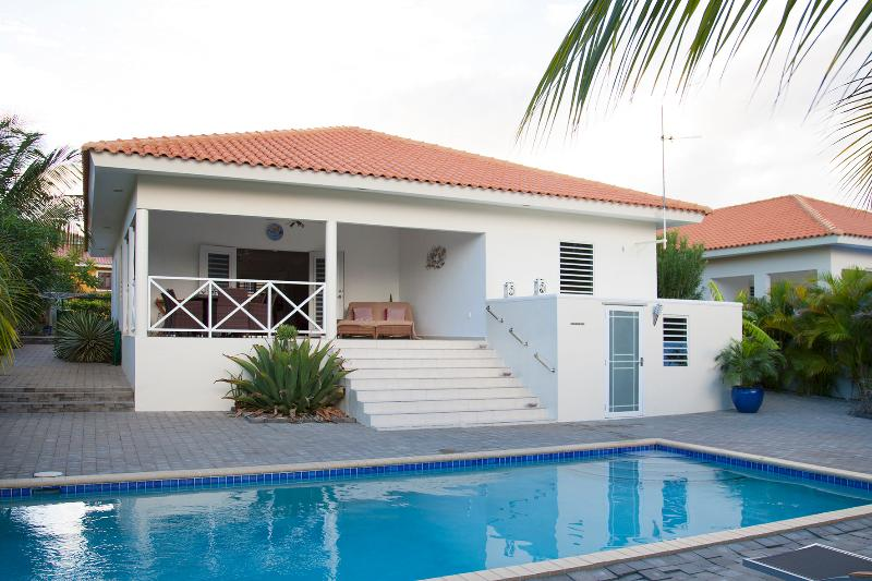 villa with private pool for rent - Image 1 - Willemstad - rentals