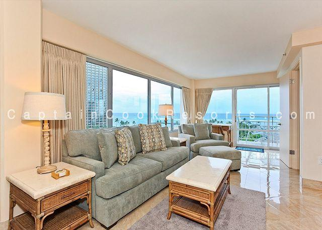 Luxury Oceanside/Beauty, FREE Parking/WiFi, 2/2, AC, W/D, Washlet, Sleeps 6 - Image 1 - Waikiki - rentals