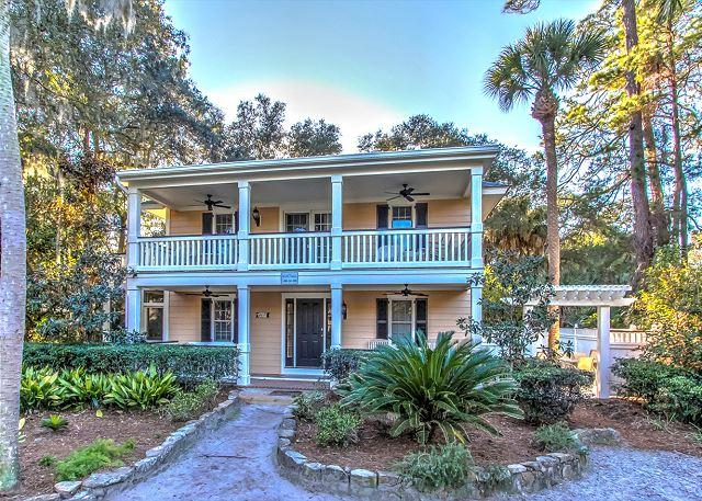 Exterior - 6 Cassina-3rd Row Ocean, steps to the beach.  AVAILABLE Aug weeks - Hilton Head - rentals