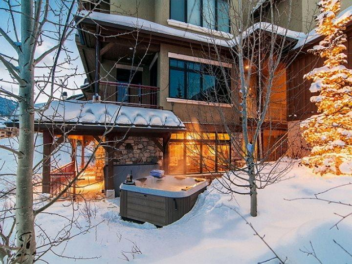 Vintage on the Strand with Ski-In/Ski-Out at Canyons Resort and Private Hot Tub - Image 1 - Park City - rentals