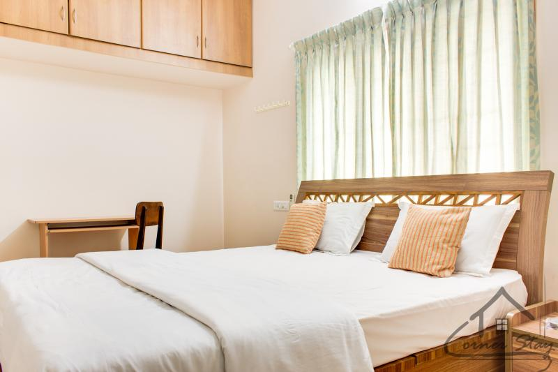 Deluxe Room-View 1 - Corner Stay Serviced Apartment-Singanallur-2 BHK - Coimbatore - rentals