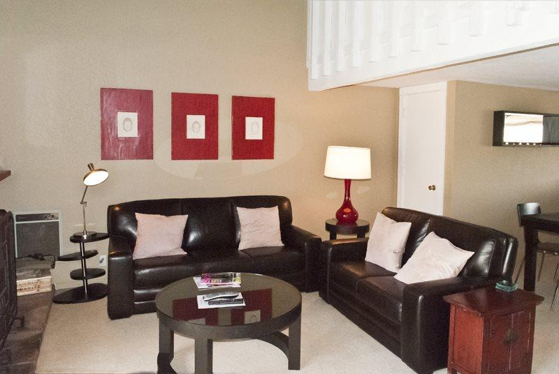 Modern living and dining area - Snowcreek #1566, Sun Valley - On-site pool & hot tub; - Sun Valley - rentals