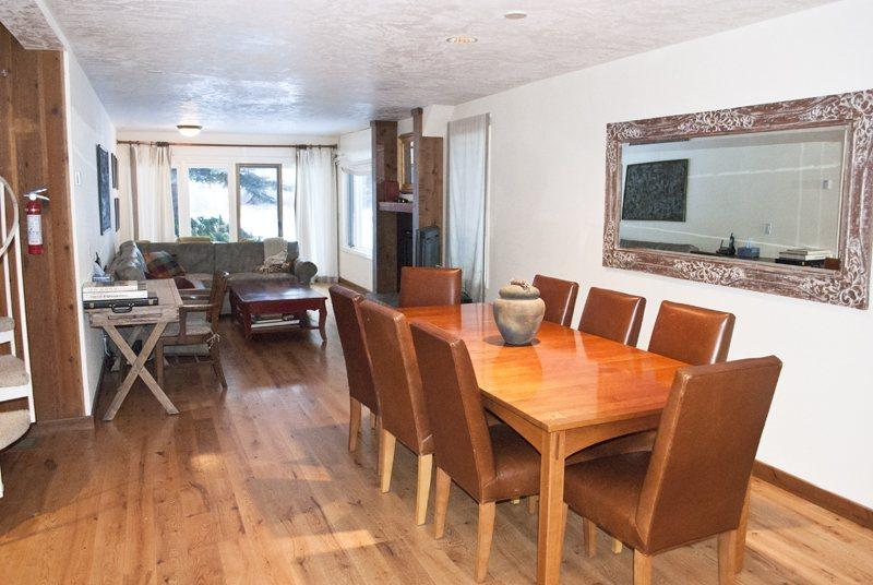 Dining Area for 8 guest  - Sun and Powder #12 - Ketchum - Close to River Run Lifts in Private Neighborhood; - Ketchum - rentals