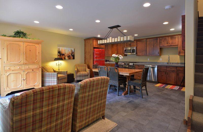 Completely remodeled condo with stone floors stainless steel appliances - Prospector #147, Warm Springs - Tastefully Remodeled Condo with Amenities; - Sun Valley / Ketchum - rentals
