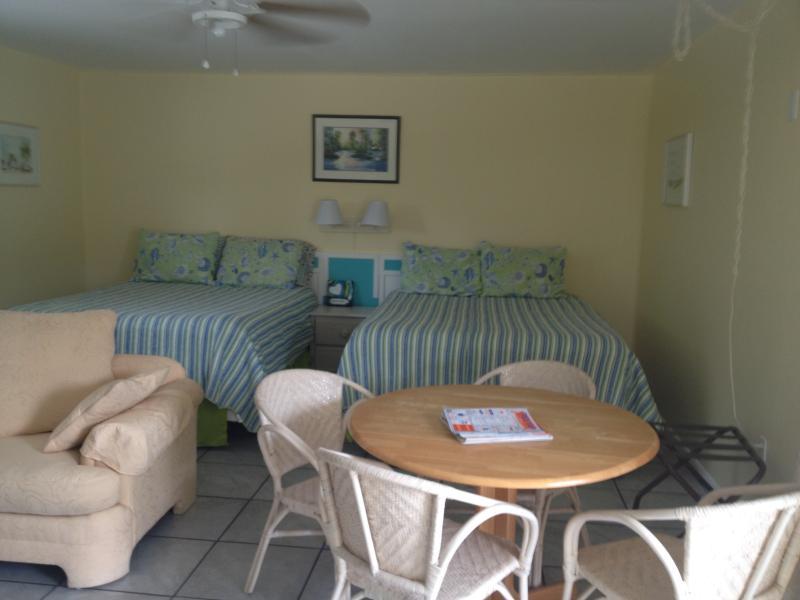 Coquina Cottage - Image 1 - Sanibel Island - rentals